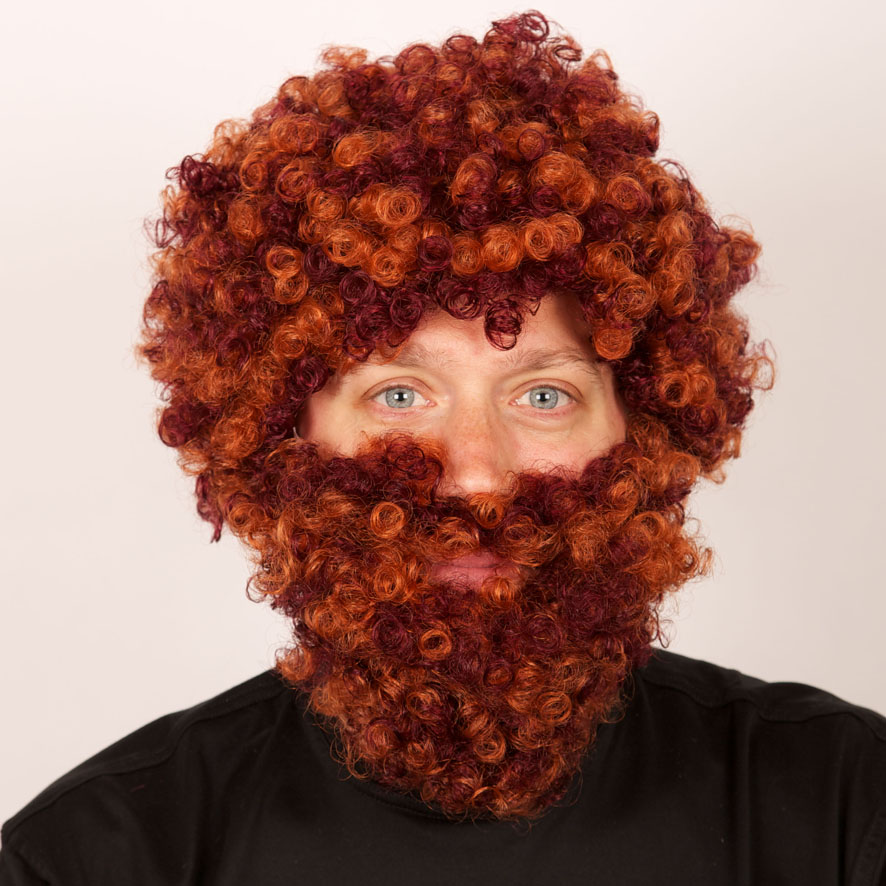 Perruque rousse  + barbe  ecossais